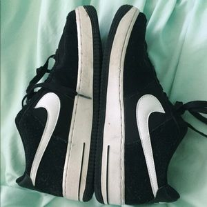 b&w Nike Air Force 1's!! Good condition!!